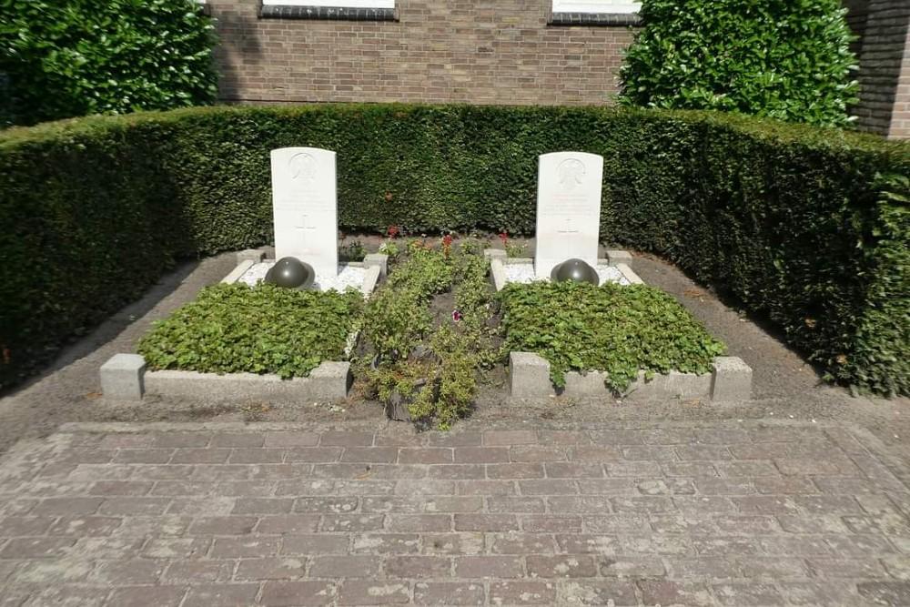 Commonwealth War Graves Churchyard Mariahout