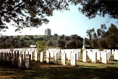 Commonwealth War Cemetery Bone