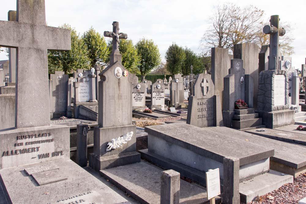Cemetery Veurne Grave Soldier Dobbelaere