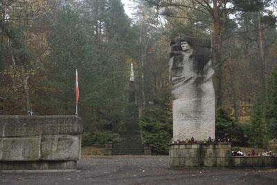 Sovjet-Poolse Oorlogsbegraafplaats Pila
