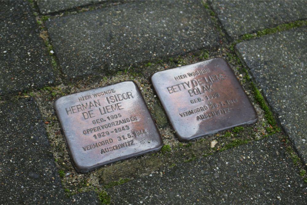 Stumbling Stones Prins Bernhardstraat 2