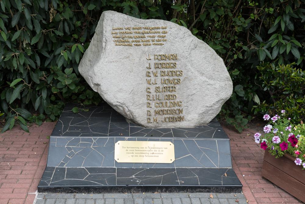 Memorial Crashes Schuinesloot