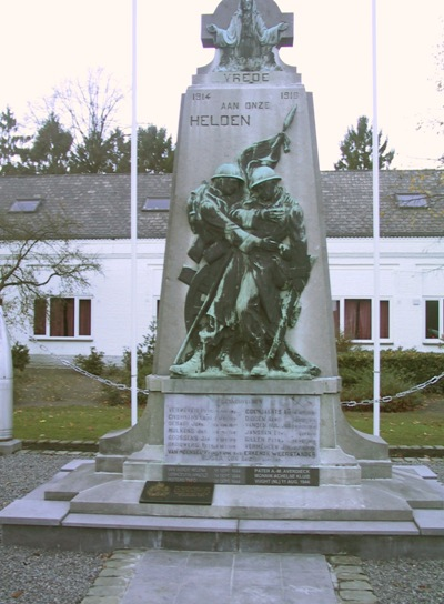 War Memorial Achel