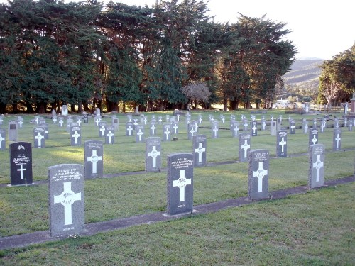 Commonwealth War Graves Featherston Cemetery