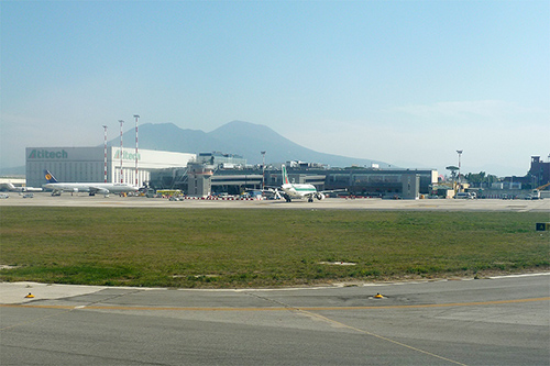 Internationale Luchthaven Napels