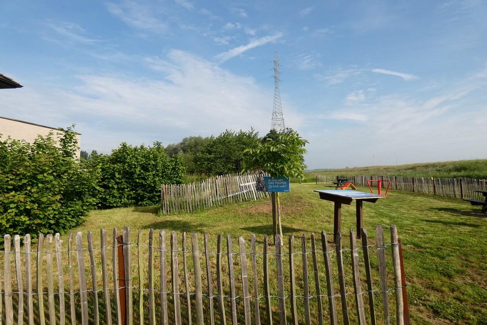 Monument V1 Inslag Hingene