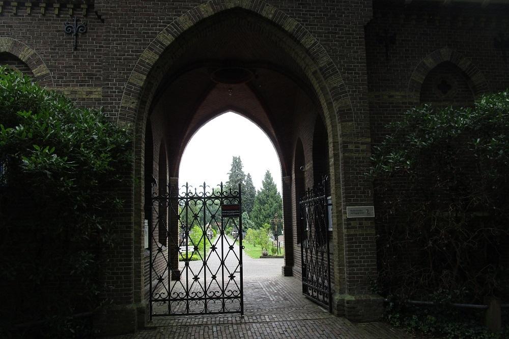 Dutch War Graves Deventer