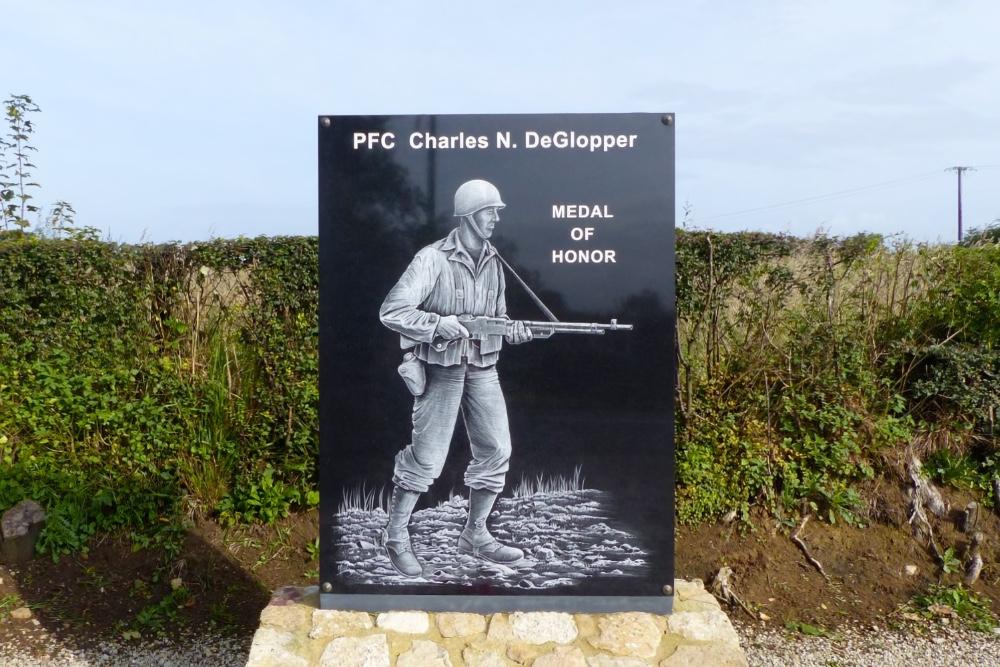 Monument PFC Charles DeGlopper MoH
