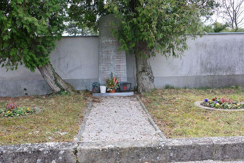 Russian Mass Grave Achau