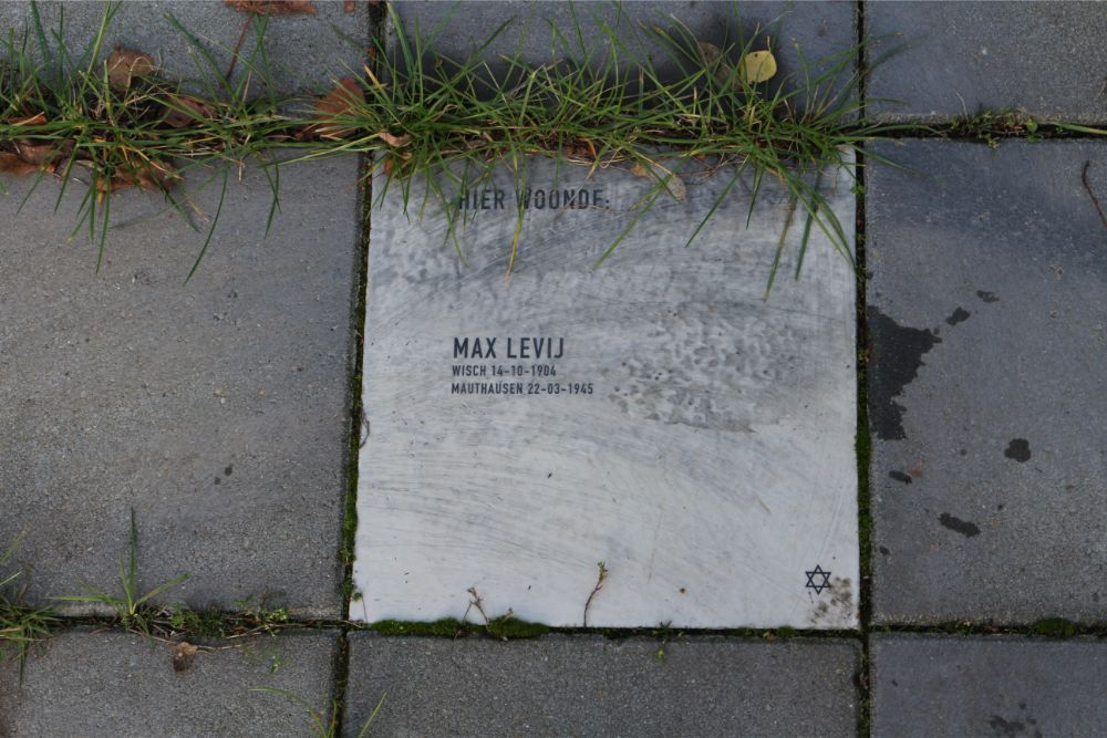 Memorial Stone Zuidoosterlaan 9