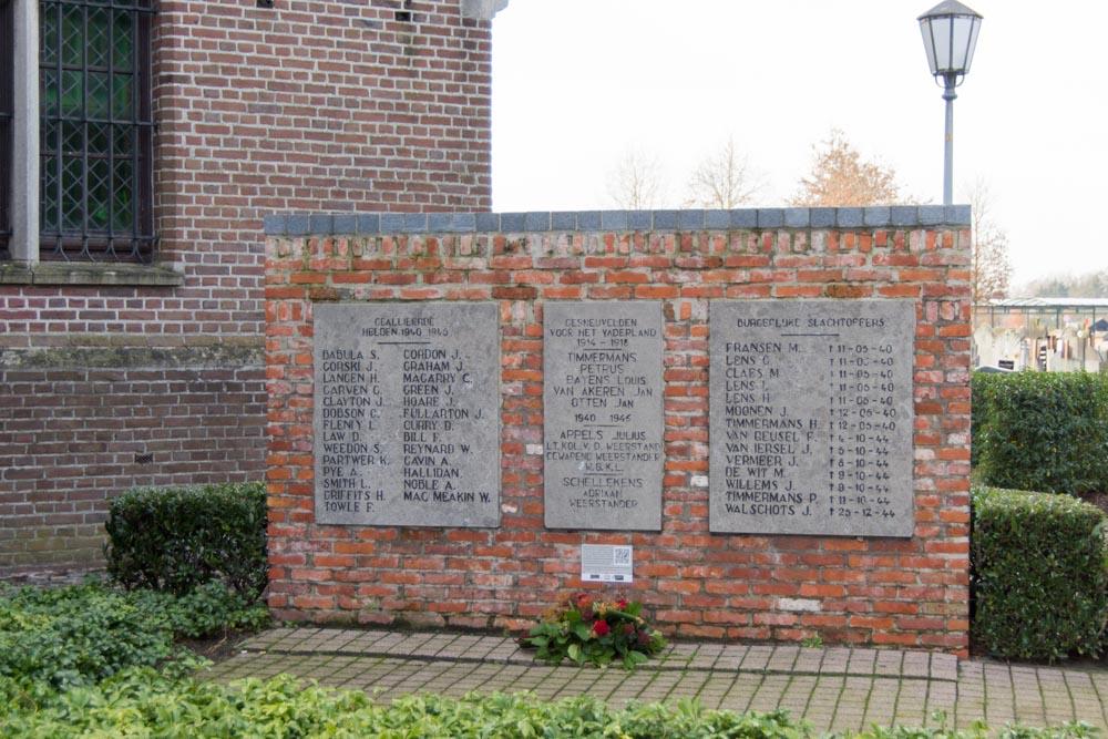War Memorial Poppel