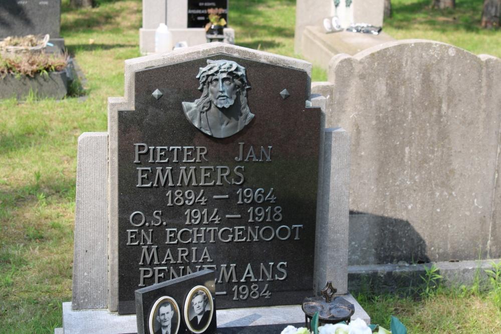 Veteran War Graves Center Cemetery Lommel
