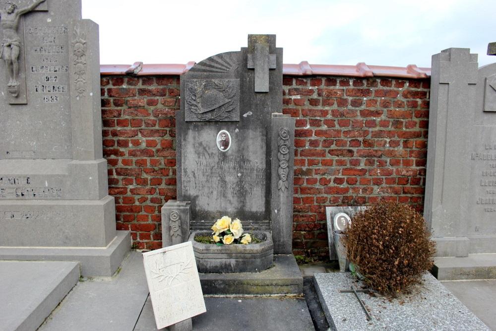 Belgian War Graves Leuze