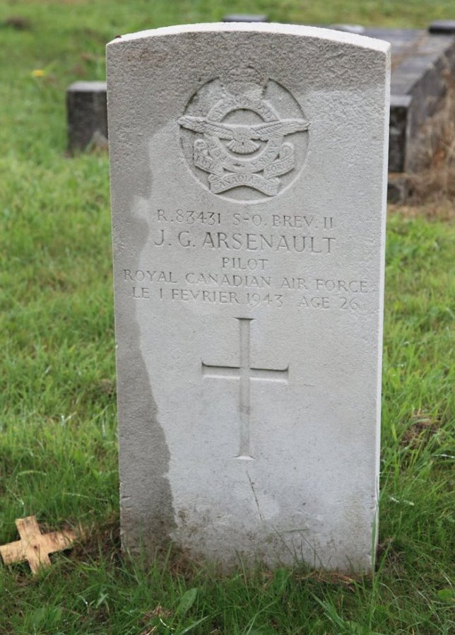 Commonwealth War Graves St. Mary's Roman Catholic Cemetery