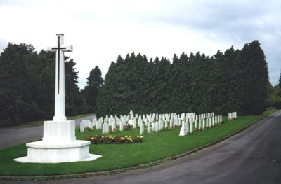 Commonwealth War Graves Cathays Cemetery