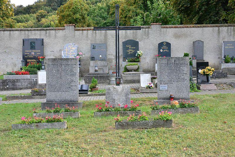 Duits-Oostenrijkse Oorlogsgraven Hainburg an der Donau