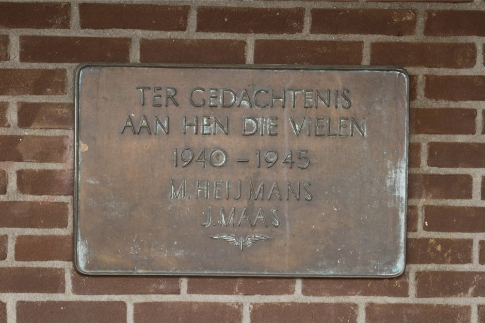 Plaque Killed NS-Employees Rosmalen