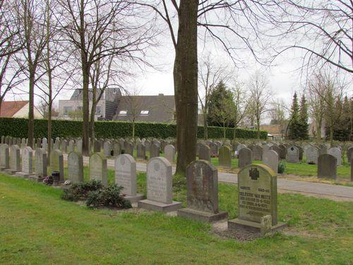 Graven Oudstrijders Centrale Begraafplaats Brugge