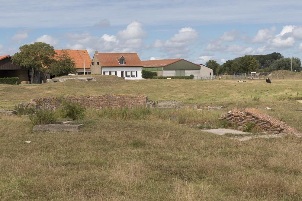 Stützpunkt Heinrich - OB Flak Gun Emplacement