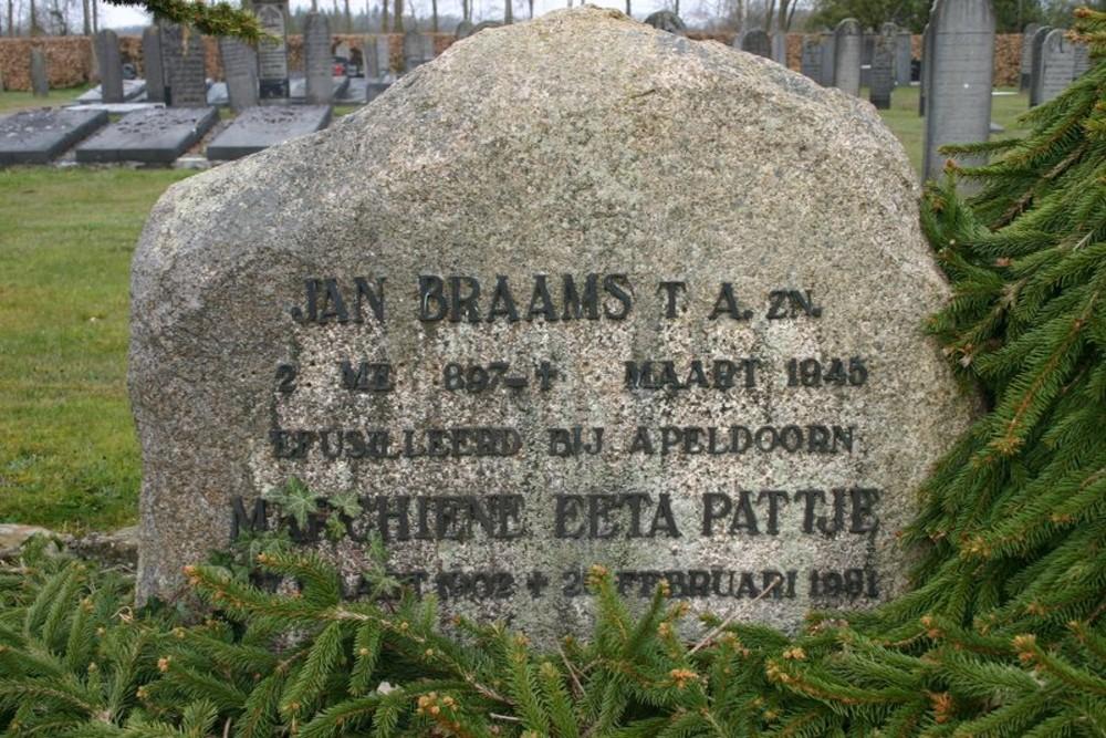 Nederlandse Oorlogsgraven Algemene Begraafplaats Eext