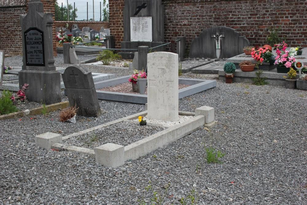 Commonwealth War Grave Autre-Eglise