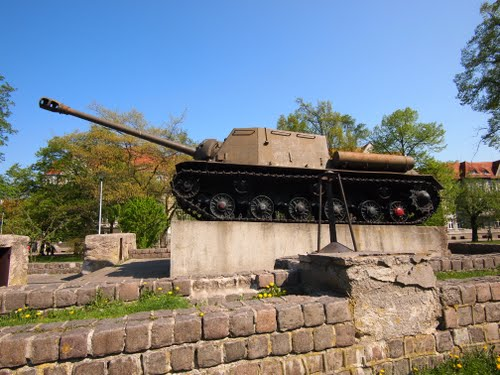 Bevrijdingsmonument (ISU-122 Gemechaniseerd Kanon) Malbork