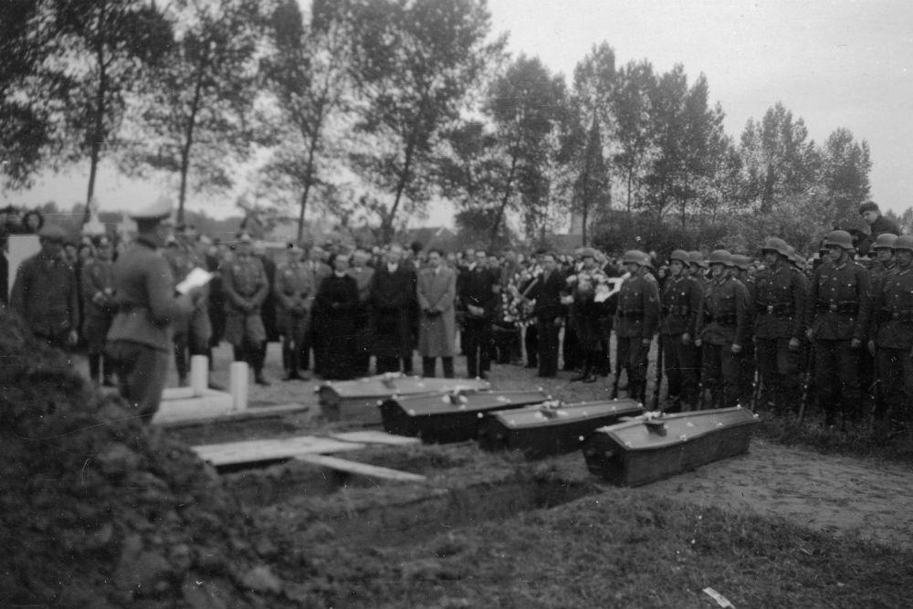 Oorlogsgraven van het Gemenebest Waasmunster
