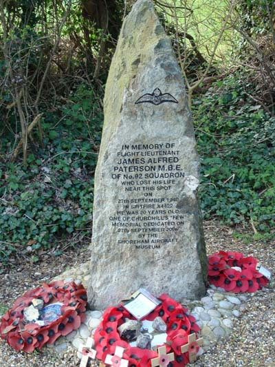 Monument Spitfire Gevechtsvliegtuig (X4422) Farningham