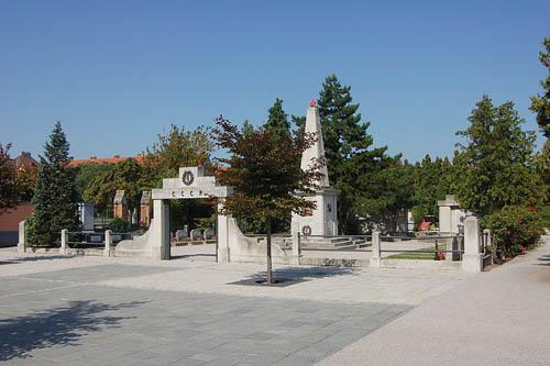 Sovjet Oorlogsbegraafplaats Wiener Neustadt