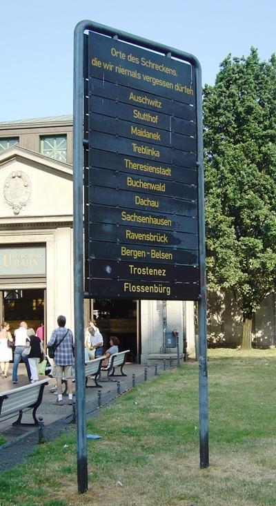 Monument Herdenking Concentratiekampen