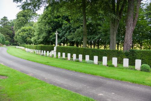Oorlogsgraven van het Gemenebest Arbroath Western Cemetery