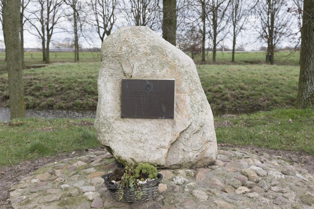 Monument Explosie V2 Holten