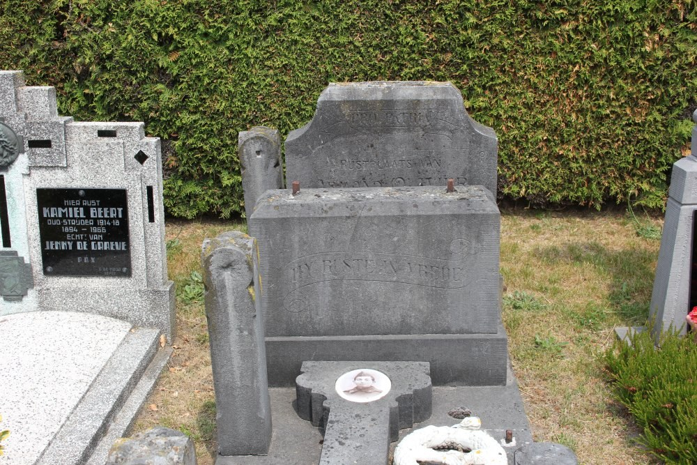 Belgische Oorlogsgraven Lotenhulle