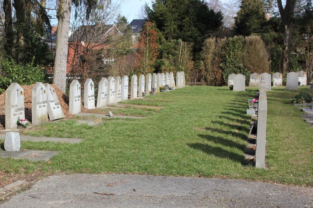 Ereperken Graven Oudstrijders Bourgeois