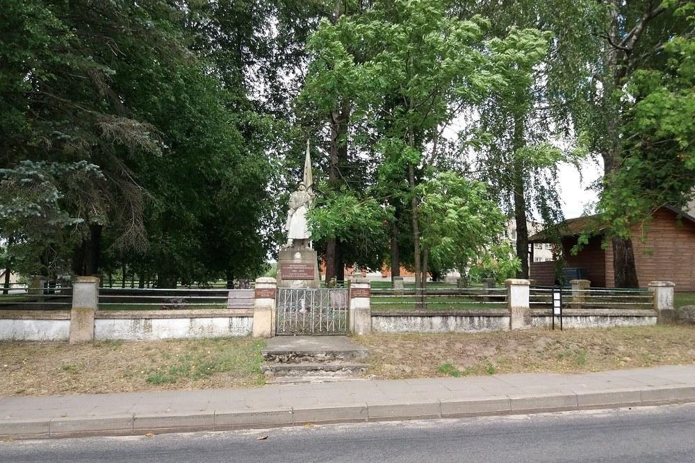Sovjet Oorlogsbegraafplaats Žasliai