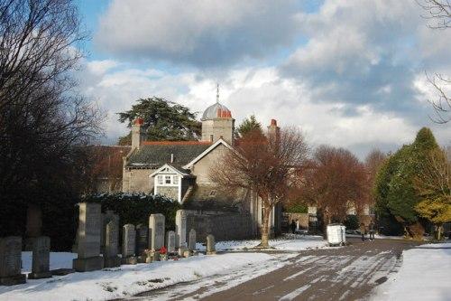Commonwealth War Graves Springbank Cemetery