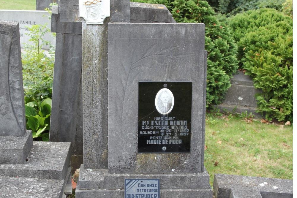 Graven Oudstrijders Oude Begraafplaats Balegem
