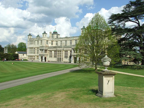 Memorial Polish Special Operations Executive Audley End