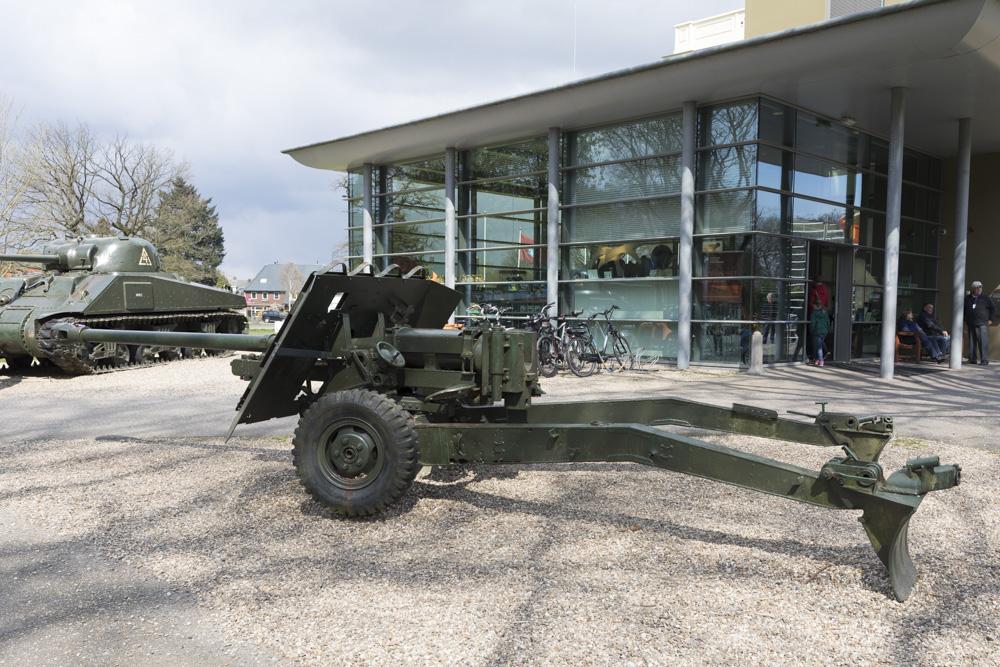 17 pounder Anti Tank Gun (2)