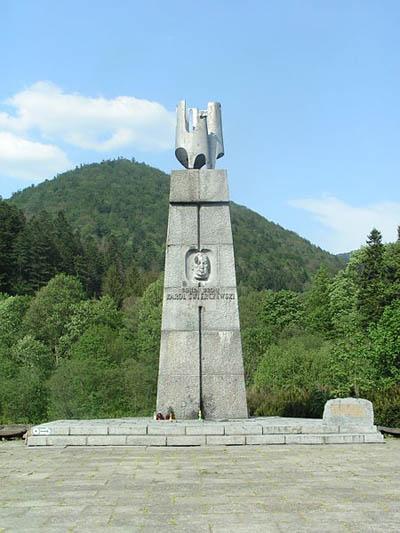 Monument Generaal Karol Świerczewski