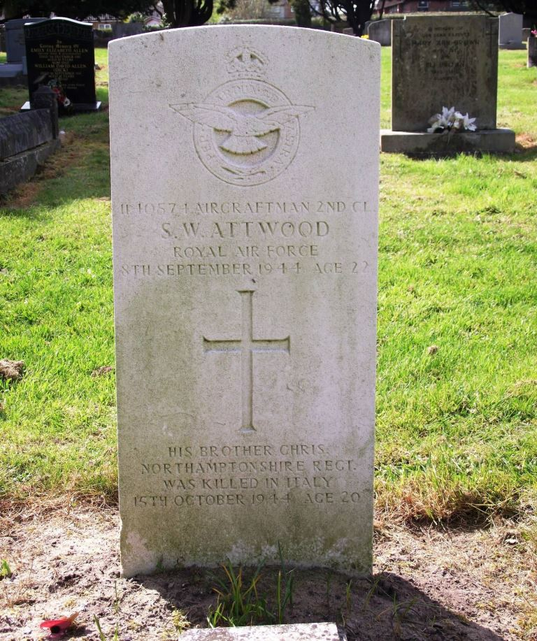 Oorlogsgraven van het Gemenebest Dallington Cemetery