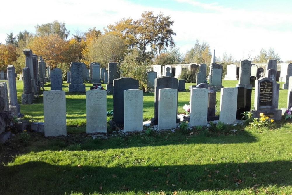 Commonwealth War Graves East Kilbride Cemetery