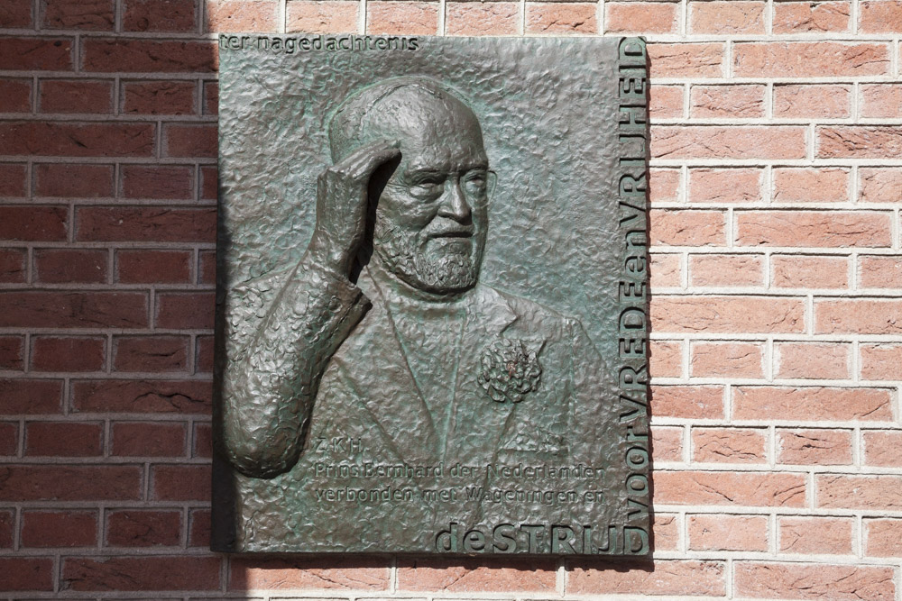 Plaquette Z.K.H. Prins Bernhard Wageningen