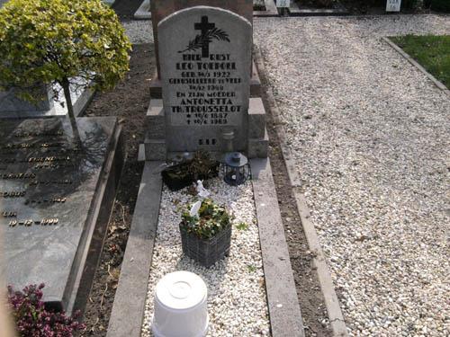 Nederlands Oorlogsgraf Rooms Katholieke Begraafplaats Castricum