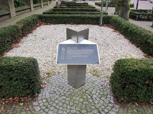 Monument 'Sporen die bleven' Heythuysen