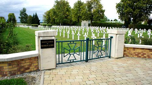 Franse Oorlogsbegraafplaats Mourmelon-le-Petit