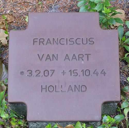 Dutch War Grave Uetersen