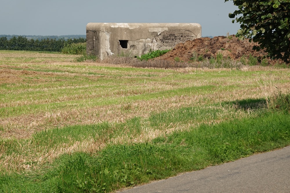 Defense Bunker NV17 of the PFL1