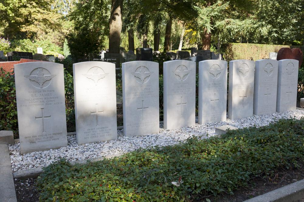 Oorlogsgraven van het Gemenebest Algemene Begraafplaats De Leeuwer Enk Wageningen
