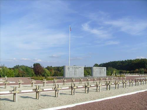 Franse Oorlogsbegraafplaats Retaud